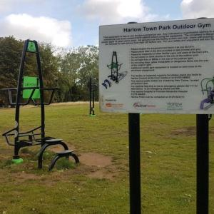 Harlow Town Park,Outdoor Gym (Upper Body)